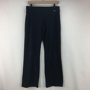 Nike Women's black Straight Leg Workout Pants M